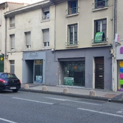 Location Local commercial Valence 100 m²