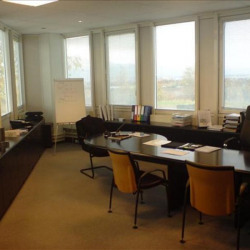 Location Bureau Archamps 660 m²