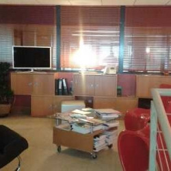 Location Bureau Suresnes 65 m²