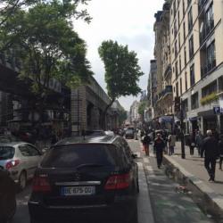 Location Local commercial Paris 18ème 56 m²