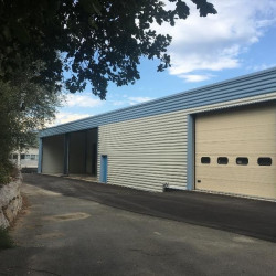 Vente Local d'activités Carros 783 m²