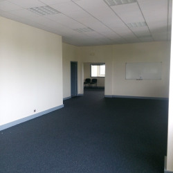 Location Bureau Avon 173 m²