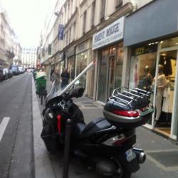 Location Local commercial Paris 11ème 3 m²