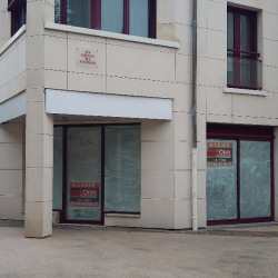 Location Local commercial Compiègne 112 m²