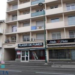 Location Local commercial Lourdes 65,81 m²