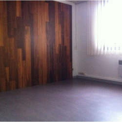 Location Local commercial Sassenage 59,69 m²