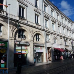 Location Local commercial Orléans 91,98 m²