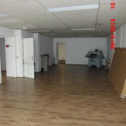 Location Local commercial Courbevoie 182 m²