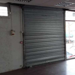 Location Local commercial Viry-Châtillon 2300 m²