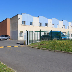 Location Entrepôt Savigny-le-Temple 82 m²