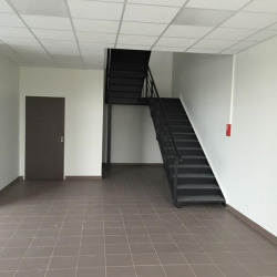 Location Entrepôt Le Blanc-Mesnil 1341 m²