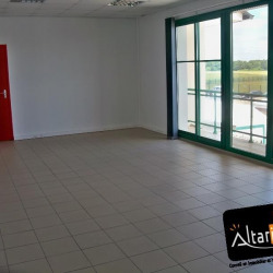 Location Bureau Lèves 120 m²