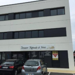 Location Bureau Laval 170 m²