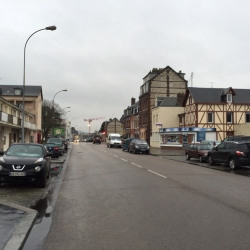 Location Local commercial Sotteville-lès-Rouen 190 m²