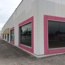 Location Local commercial Caissargues 750 m²