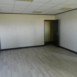 Vente Bureau Croissy-Beaubourg 62 m²