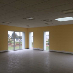 Location Bureau Andeville 220 m²