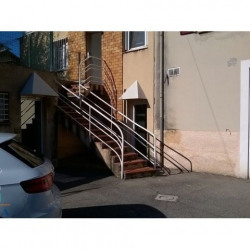 Location Local commercial Gardanne 30,69 m²