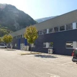 Vente Local d'activités Fontaine 2227 m²