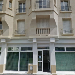 Location Local commercial Issy-les-Moulineaux 79 m²