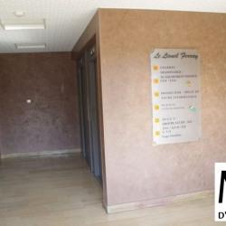 Vente Bureau Bron 158 m²