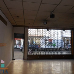 Location Local commercial Lorient 48,7 m²