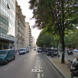 Location Local commercial Paris 15ème 65 m²