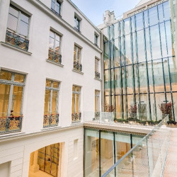 Location Bureau Paris 7ème 2411 m²