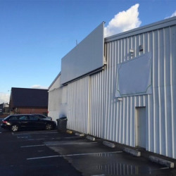 Location Local commercial Beauvais 700 m²