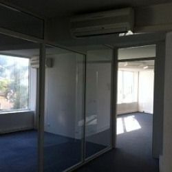 Location Bureau Antibes 92 m²