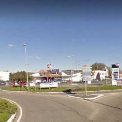 Location Local commercial Aigues-Mortes 600 m²