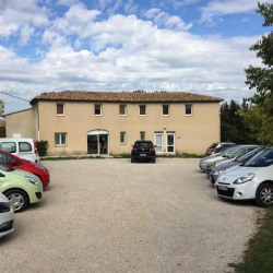 Location Bureau Aix-en-Provence 154 m²