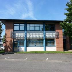 Location Bureau Émerainville 325 m²