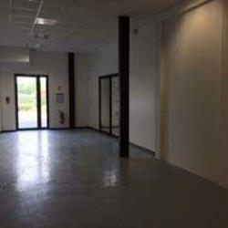 Location Local d'activités / Entrepôt Meyreuil 0