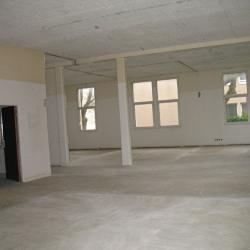 Location Local d'activités Saint-Nom-la-Bretèche 246 m²