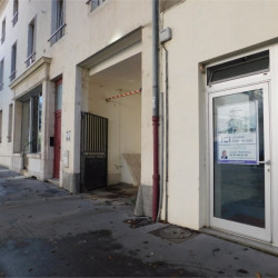 Location Local commercial Nancy 50 m²