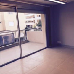 Location Bureau Saint-Laurent-du-Var 80 m²