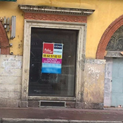 Location Local commercial Toulouse 173 m²