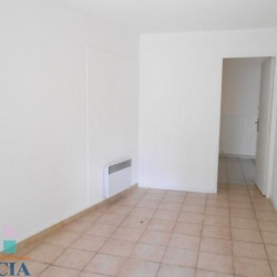 Location Local commercial Agde 57,82 m²