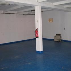 Location Local d'activités Plaisir 130 m²