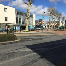 Location Local commercial Sucy-en-Brie (94370)