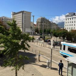 Location Bureau Grenoble 74,73 m²