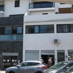 Location Local commercial Saint-Pierre 66 m²