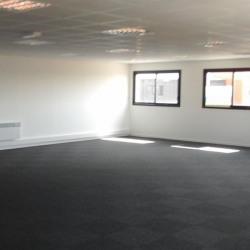 Location Bureau Yvetot 148 m²