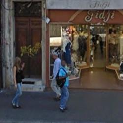 Location Local commercial Marseille 6ème 67 m²