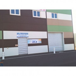 Location Local commercial Vendres 212 m²