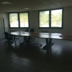 Location Bureau Oudalle 650 m²