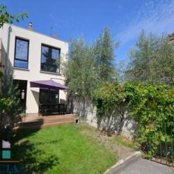 Maison de Ville 140 m² avec JARDIN