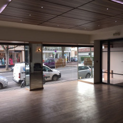 Location Local commercial Le Raincy 220 m²