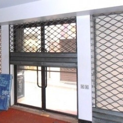 Location Local commercial Béziers 200 m²